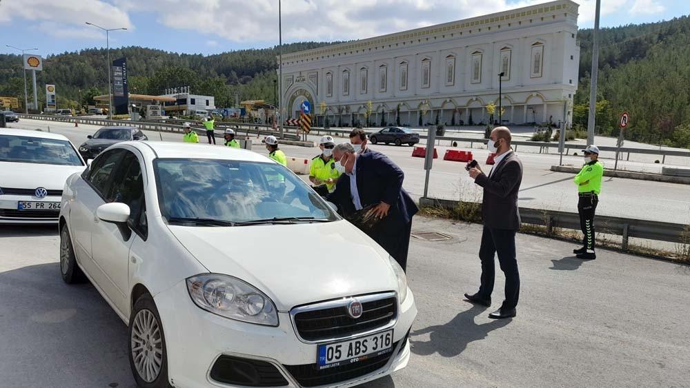Ahilik Haftası'nda sürücülere leblebi ikramı #corum