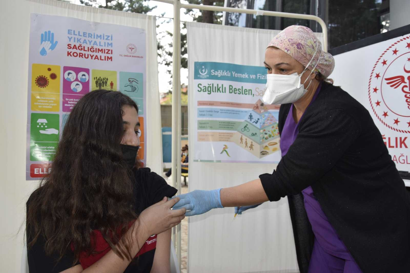 Burdur'da 'Okulumu seviyorum, aşımı oluyorum' kampanyası #burdur