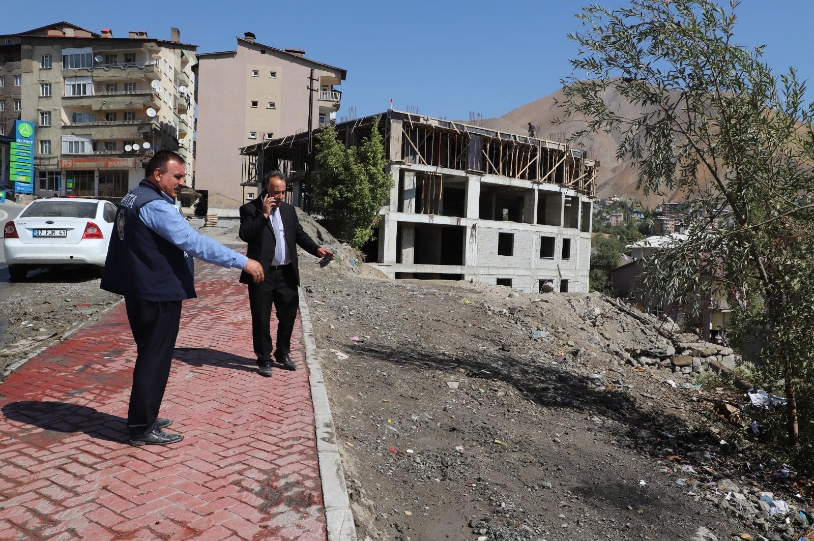 Hakkari Belediyesinden çevre temizliği #hakkari