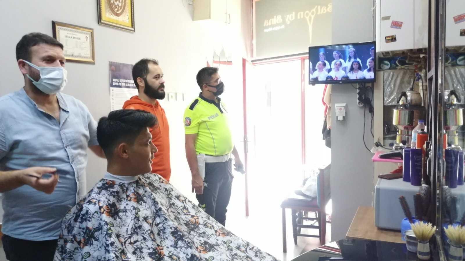 Tıraş olmak için gelen müşteriler bu videoyu izleyecek #corum