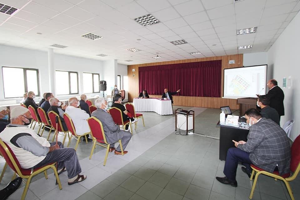 Milletvekili Battal ve Belediye Başkanı Pekmezci kentsel dönüşüm için mülkiyet sahipleriyle bir araya geldi #bayburt