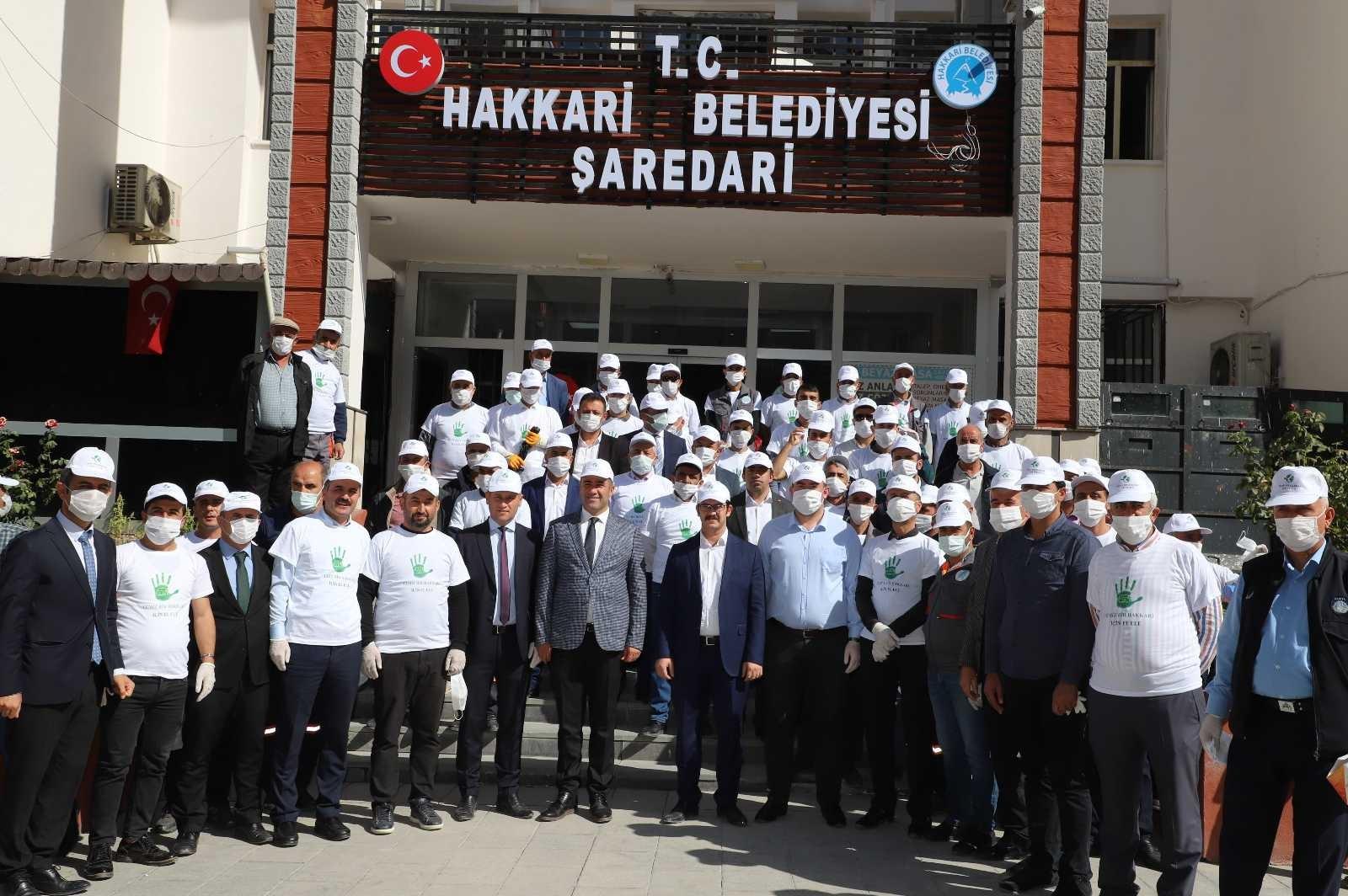 """Hakkari'de """"Hayat Var"""" sloganıyla temizlik kampanyası #hakkari"""