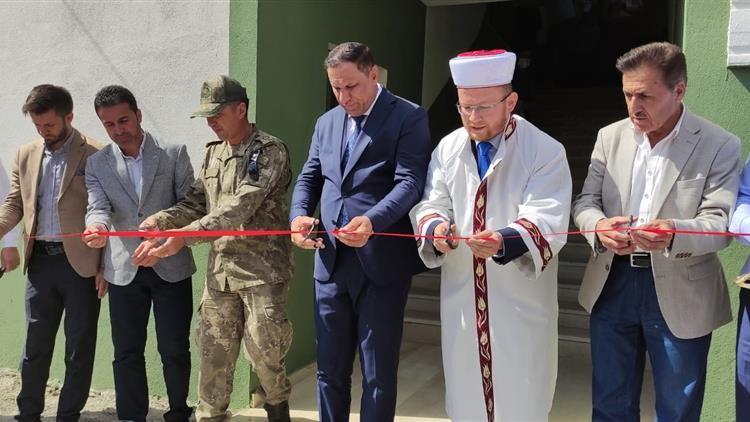 Derecik  Balkaya camisi hizmete açıldı #hakkari