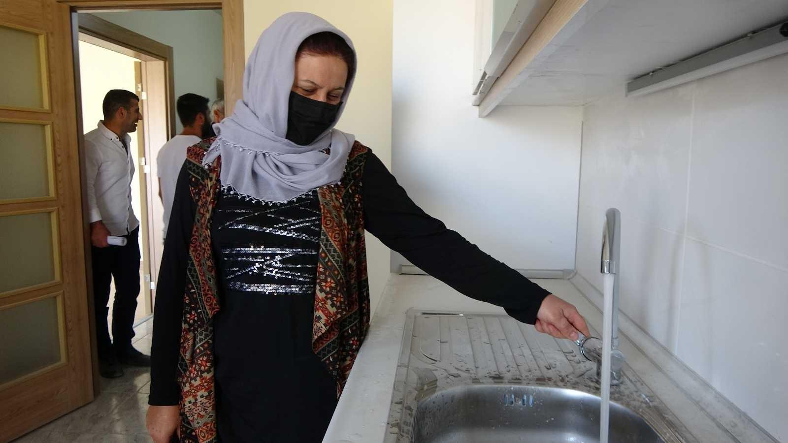 Yüksekova'da vatandaşlar evlerine kavuştu #hakkari