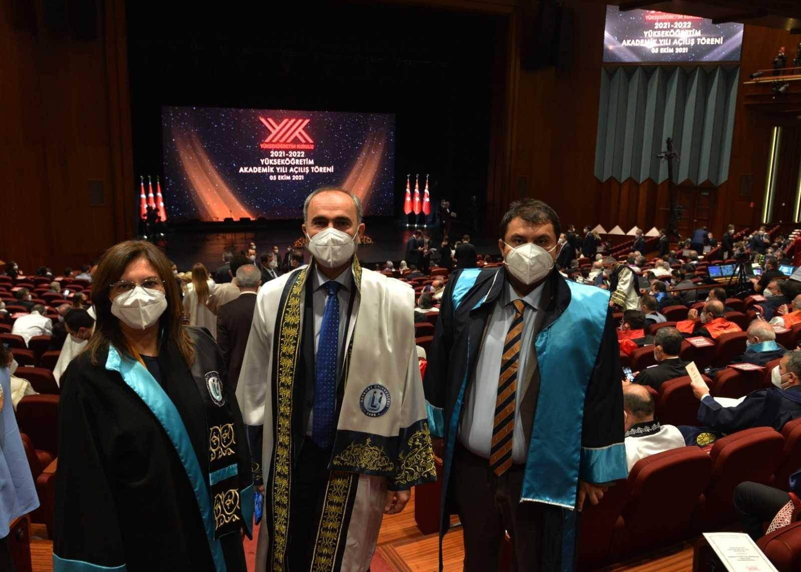 Rektör Türkmen, Cumhurbaşkanlığı Külliyesi'nde gerçekleştirilen yeni akademik yıl açılış törenine katıldı #bayburt