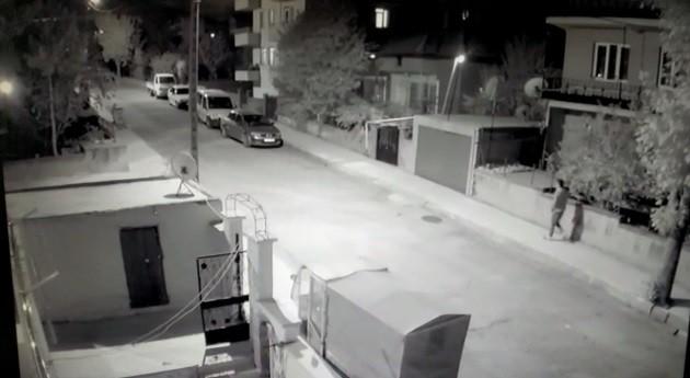 Hırsızlık zanlısı güvenlik kameralarına yakalandı #corum