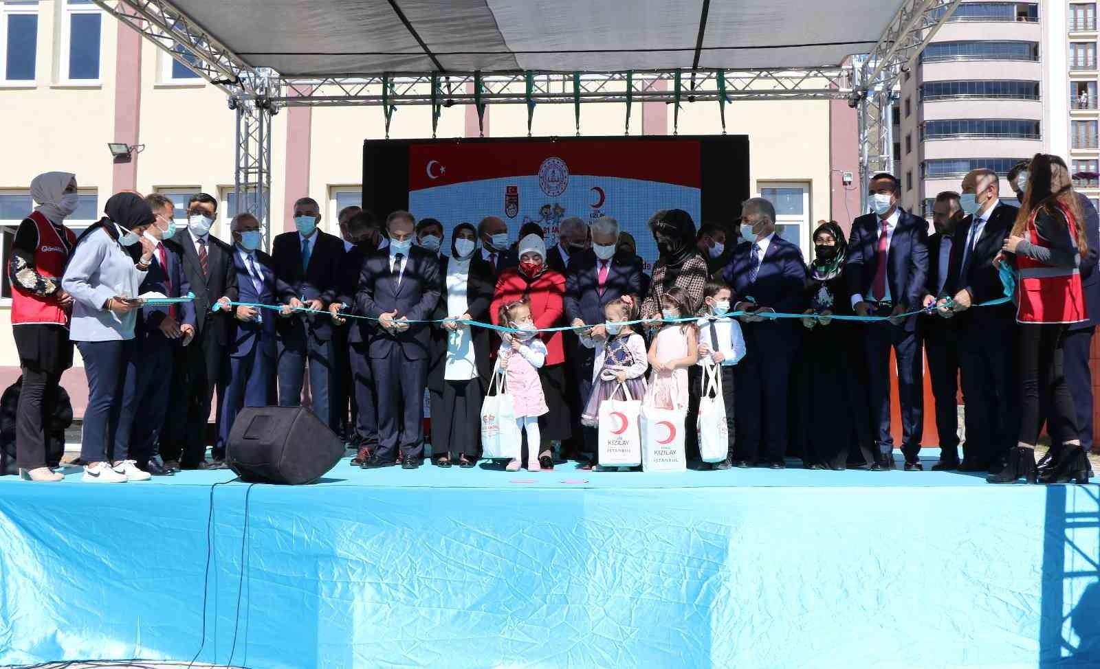 Bayburt Group tarafından yaptırılan camii ve anaokulunun açılışı Yıldırım'ın katılımıyla yapıldı #bayburt