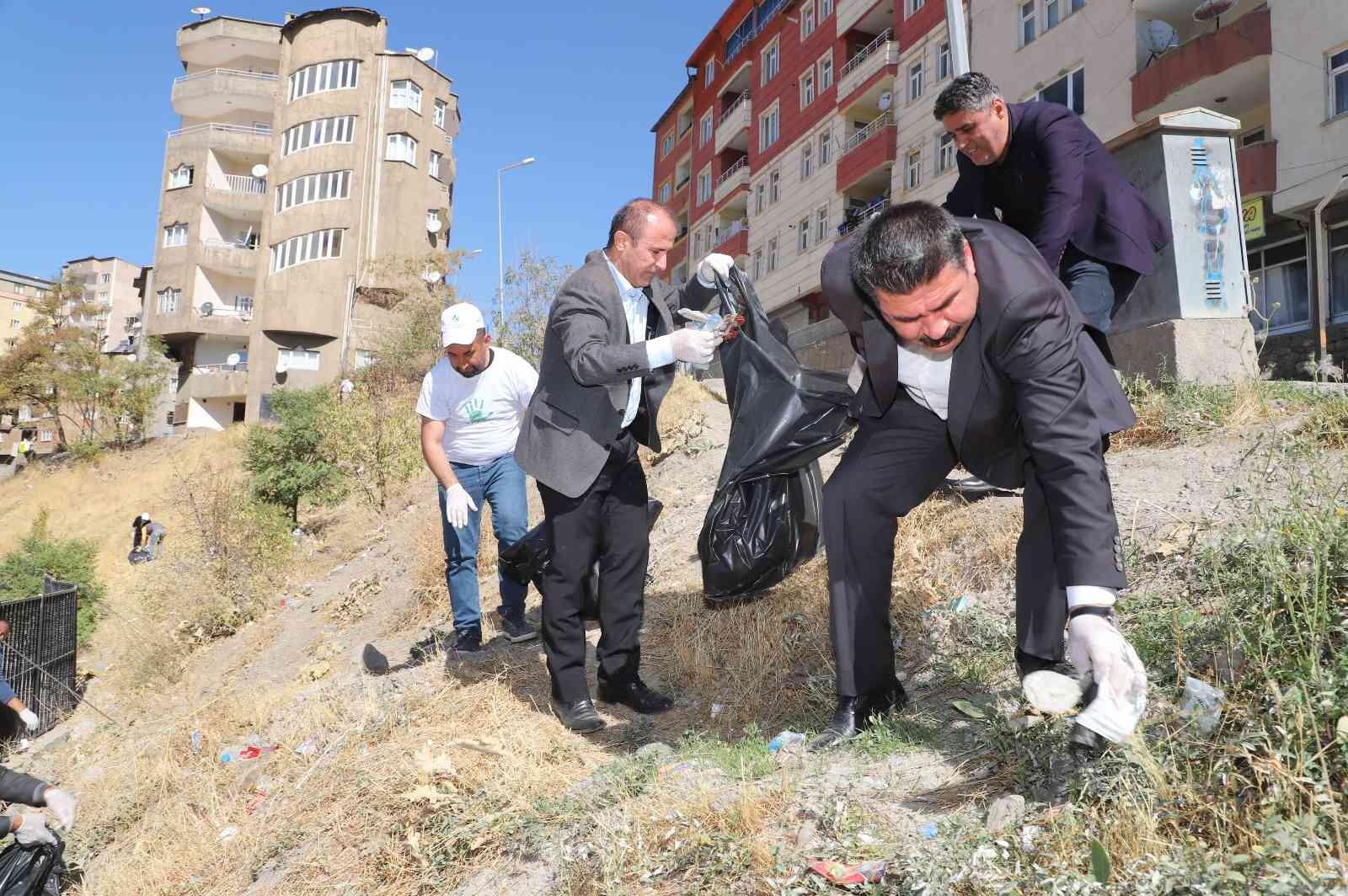 Hakkari'de temizlik çalışması #hakkari