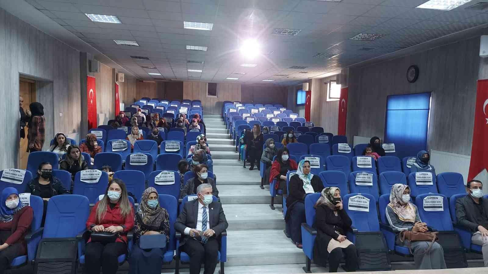 """Hakkari'de Mahremiyet ve Dijital Bağımlılık"""" eğitimi #hakkari"""