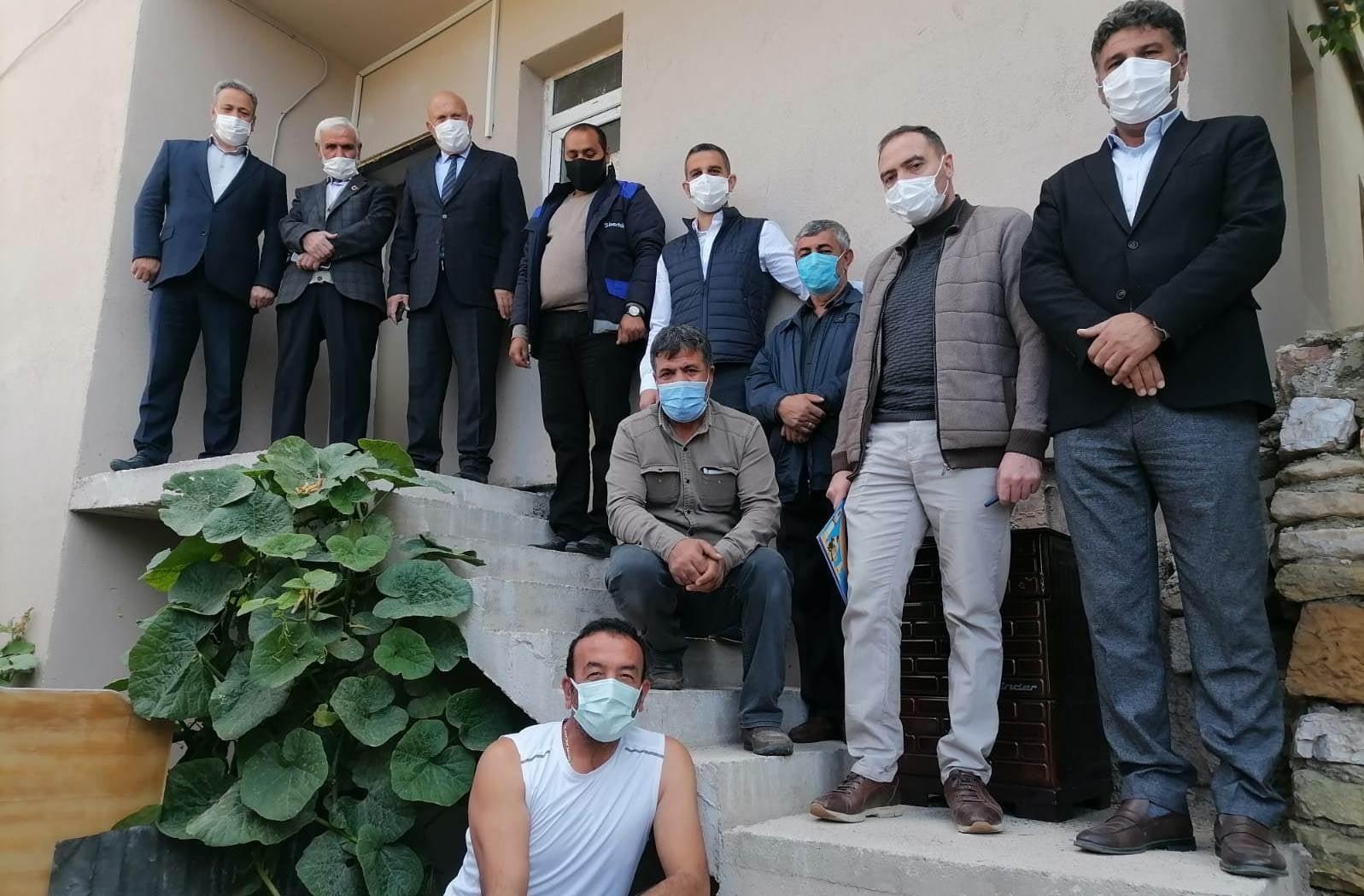 Kamyonun devrilmesi sonucu kullanılmaz hale gelen ev belediye tarafından onarılarak ev sahibine teslim edildi #bayburt