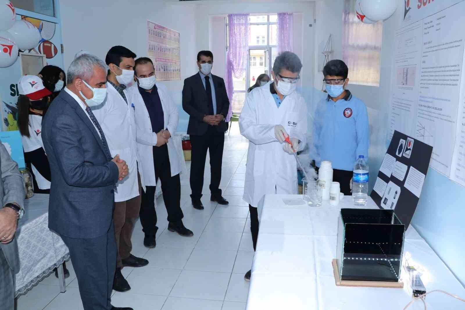 Hakkari'de 'Bilim Fuarı' heyecanı #hakkari