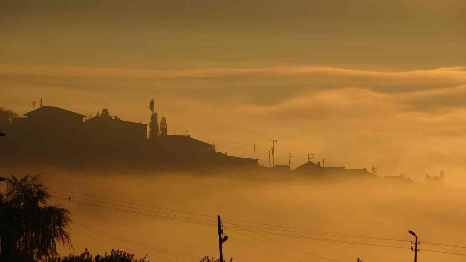 Yüksekova'da etkili olan sis kartpostallık görüntüler oluşturdu #hakkari