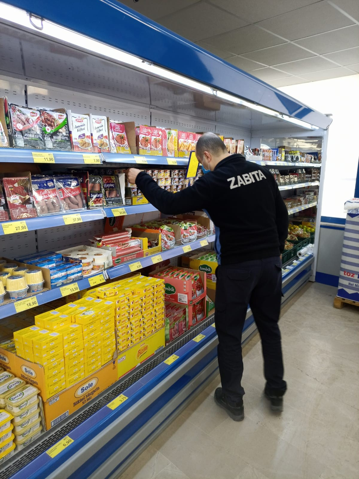 İskilip'te marketler denetlendi #corum