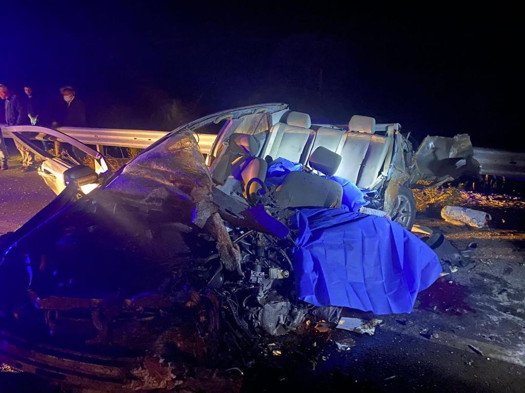 Burdur'da feci kaza: 3 ölü, 3 yaralı #burdur
