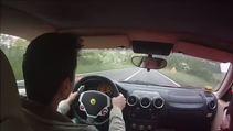 Teste Çıktığı Ferrari'yle kazadan son anda kurtuldu