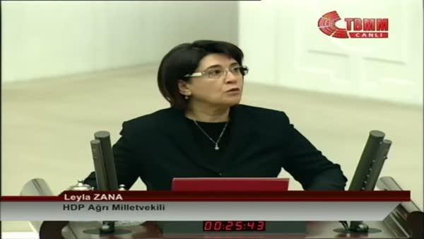 Leyla Zana ve Baykal arasında yemin krizi!