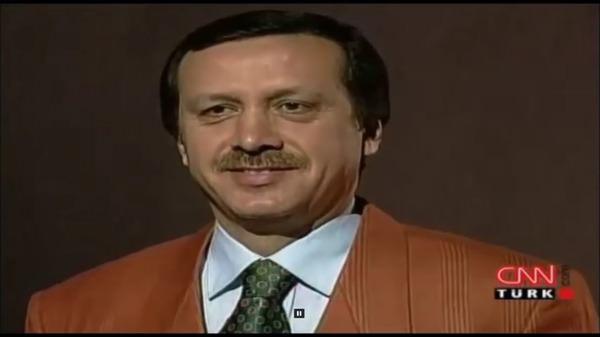 Erdoğan Türkçe konuşacağım deyince öğrenciler böyle coşmuştu ...