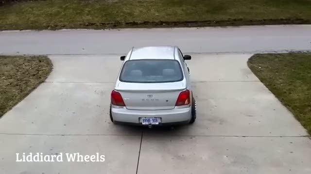 Otomobili istediğiniz yöne döndüren sihirli teker