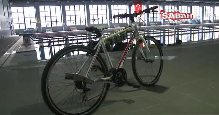 Tüpsüz olarak tek nefeste suyun altında bisikletle ilerleme rekoru kırmaya çalışacak