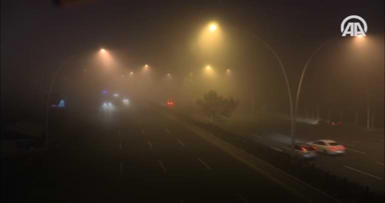 Başkent Ankara'da yoğun sis etkili oldu