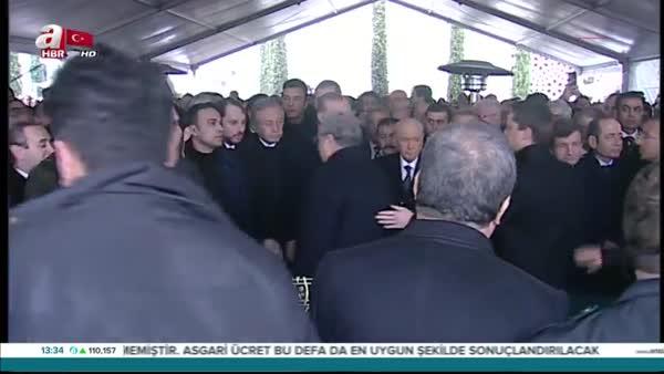 Mesut Yılmaz'ın oğlu Mehmet Yavuz Yılmaz son yolculuğuna uğurlandı